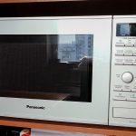 Печь Panasonic NN-GD692M — самый доступный инвертер