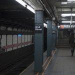 Слушаем аудиокниги в метро