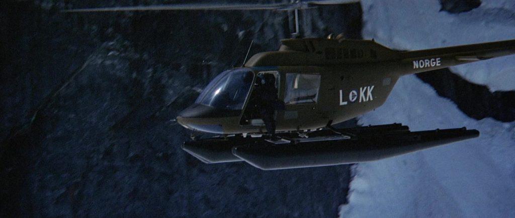 """Кадр из х/ф """"Нечто"""" (1982), вертолет, норвегия, LOKK"""