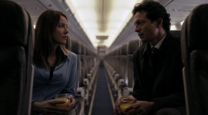 мужчина, жензина, самолет, пустой