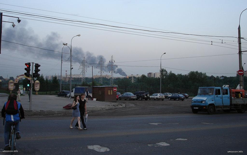 люди, дорога, машины, дым, факел, серега, светофор, парк