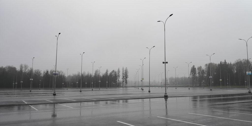 парковка, патриот, туман, небо, фонари, пустая