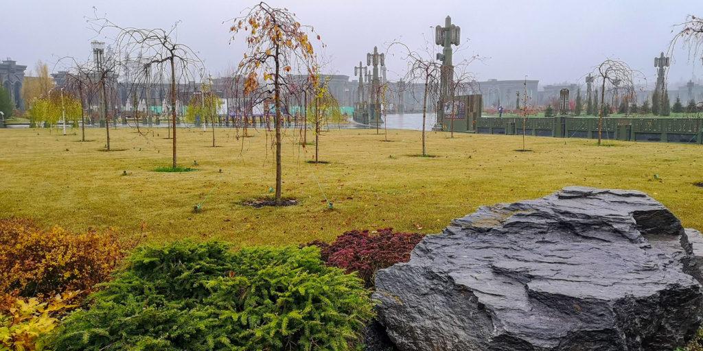 трава, деревья, главный храм