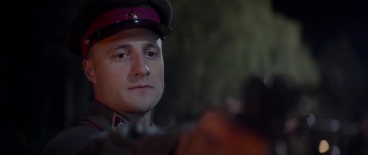 командир красной армии, наган, фуражка, звезда